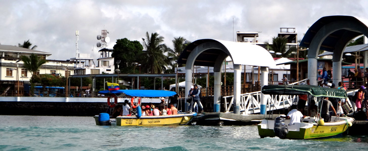 Puerto Ayora 01 SLIDER