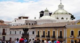Quito 12 Liten